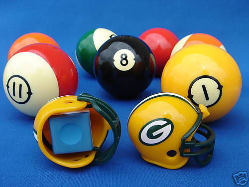 2 GREEN BAY PACKERS POOL BILLIARD CUE with MASTER CHALK NFL FOOTBALL HELMETS