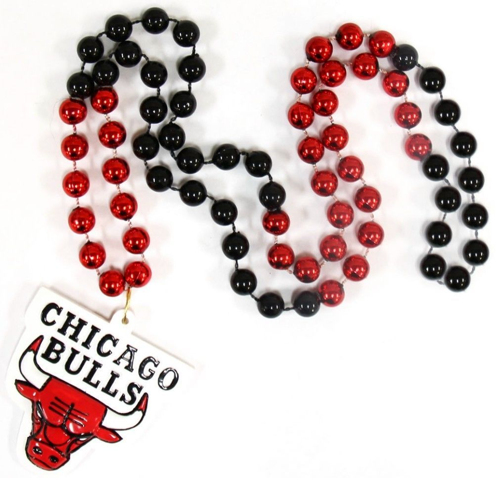 CHICAGO BULLS MARDI GRAS BEADS with MEDALLION NECKLACE NBA BASKETBALL