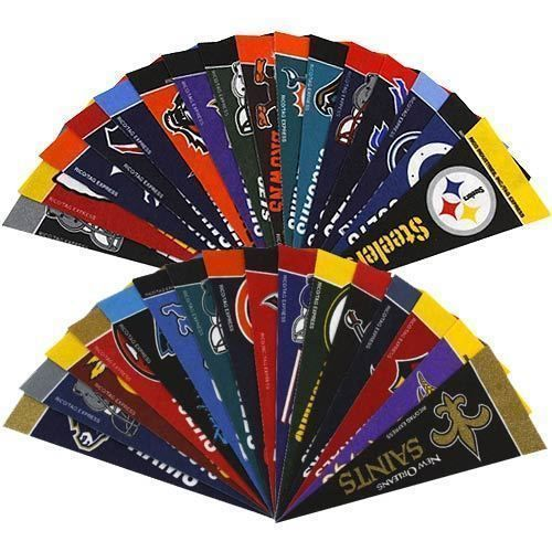 "32 TEAMS NFL FOOTBALL FELT MINI PENNANTS SET 4"" X 9"" OFFICIALLY LICENSED"