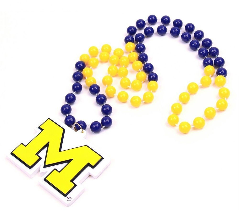 MICHIGAN WOLVERINES MARDI GRAS BEADS with MEDALLION NECKLACE