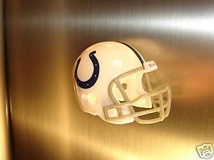 REFRIGERATOR MAGNET FOOTBALL HELMET INDIANAPOLIS COLTS