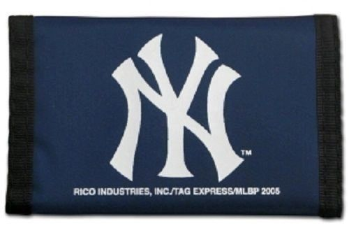 NEW YORK YANKEES NYLON TRIFOLD WALLET MLB BASEBALL