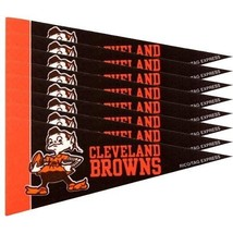 CLEVELAND BROWNS 8 PIECE FELT MINI PENNANTS SET PACK NFL FOOTBALL - $128,38 MXN