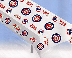 PARTY/TAILGATE/PICNIC TABLE COVER CHICAGO CUBS BASEBALL