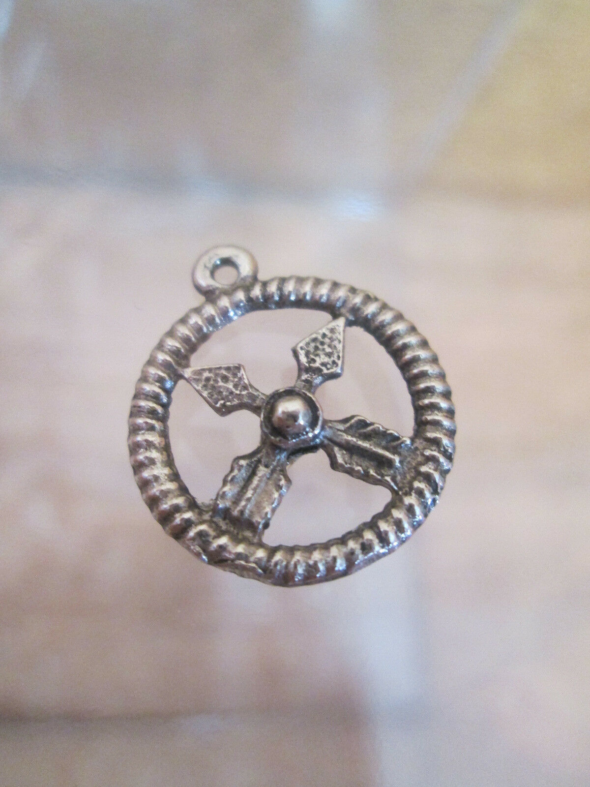 Silver Bracelet Charm  DREAM CATCHER Crossed Arrows Friendship Symbol 1970s