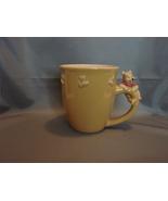 Classic Winnie the Pooh On Handle w Bees Large 18 oz Mug - $21.99