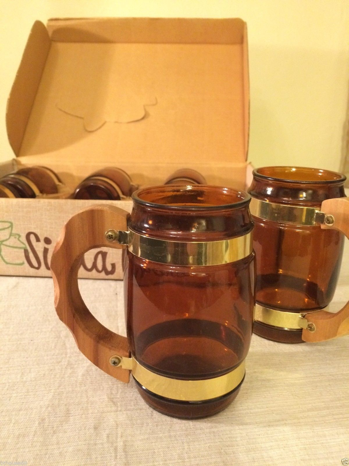 6 vintage new nos siesta ware brown glass beer mugs wood. Black Bedroom Furniture Sets. Home Design Ideas