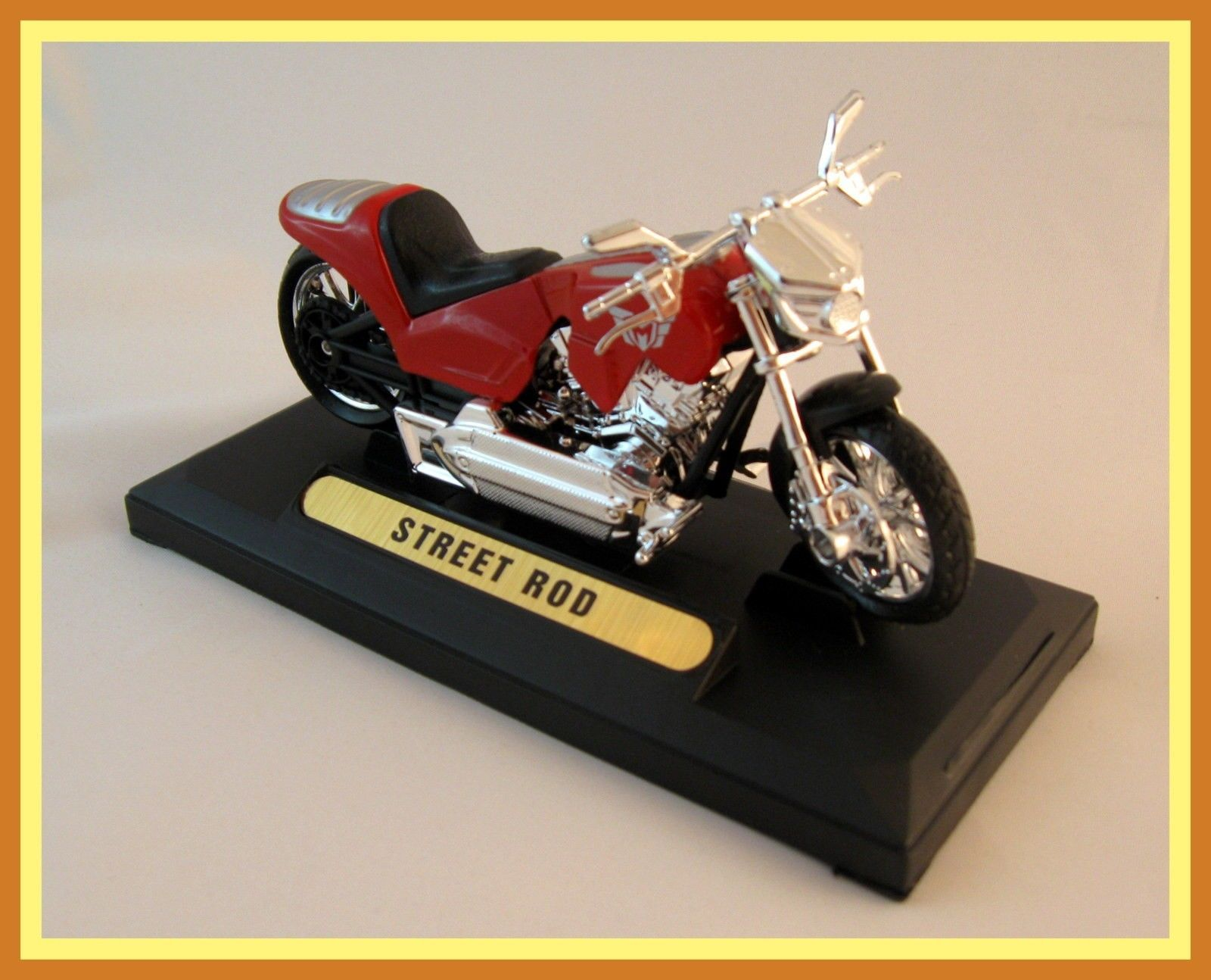 Primary image for HARLEY DAVIDSON STREET ROD DIECAST MOTORMAX 1/18 COLLECTOR'S MOTORCYCLE MODEL