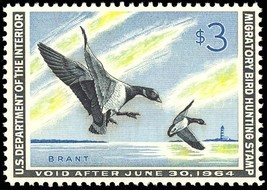 RW30, Mint DUCK STAMP - VF OG NH - NO GUM SKIPS OR BENDS Cat $115.00+ - $70.14