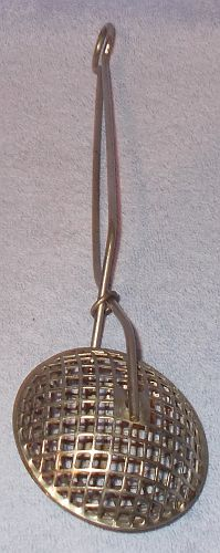 Primary image for Vintage Kitchen Metal Strainer Tongs Spring Closing
