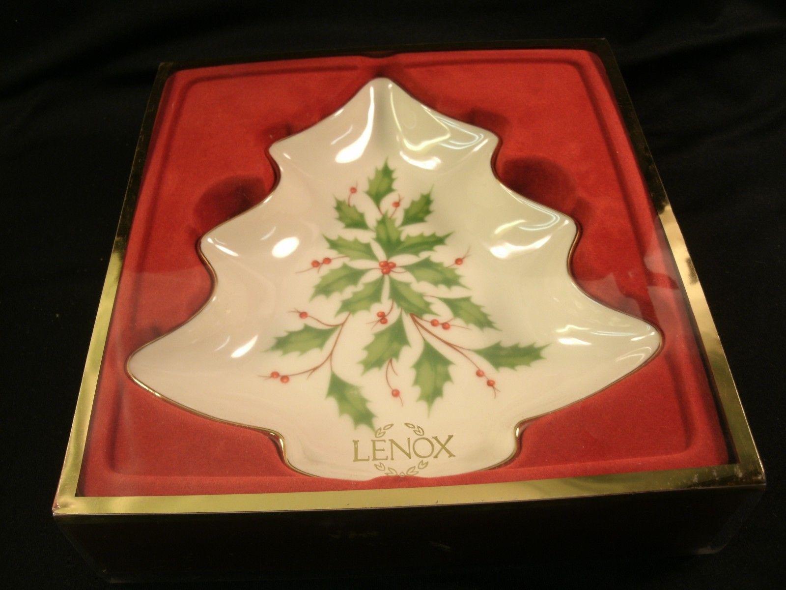 Beautiful Lenox Fine China Christmas Tree Shaped Holly ...