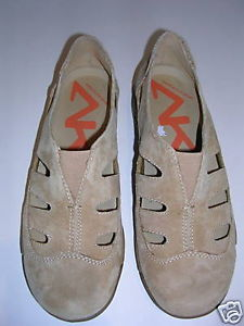 Primary image for Anne Klein  Beige PAIVE Sport Slip-on Shoe 6M NWOB
