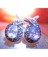 Free earrings thumbtall