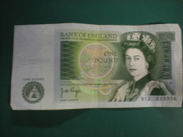 One Pound Banknote From The Bank Of England 1978 - $9.49