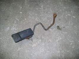 87-96 Chevy Beretta Gas Pedal Assembly 95 94 93 92 91 - $12.50