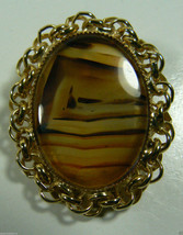 GOLD TONE & OVAL STONE PIN BROOCH / PENDANT ~~~ l@@k~~~ - $29.95