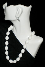 Trifari Single Strand Necklace - $17.95