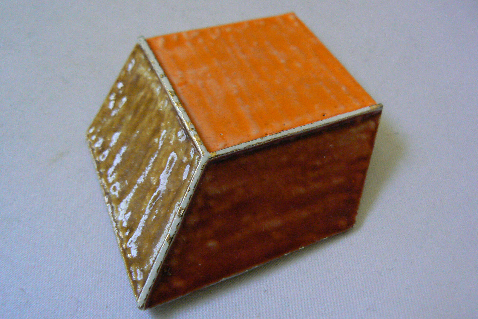 Primary image for VINTAGE CAPRI SIGNED ENAMEL GOLD TONE METAL CUBE PIN BROOCH