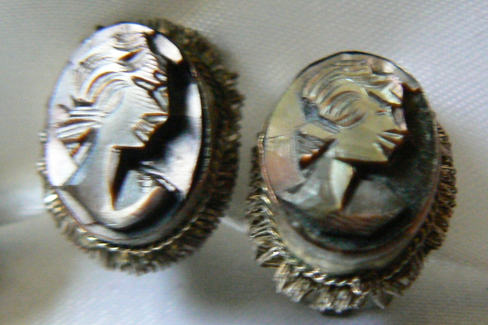 Primary image for VINTAGE OVAL SILVER TONE MOTHER OF PEARL FACE CAMEO CLIP ON EARRINGS