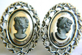 Vintage Oval Silver Tone Black Stone Cameo Screw Clip On Earrings $0 Sh - $31.96