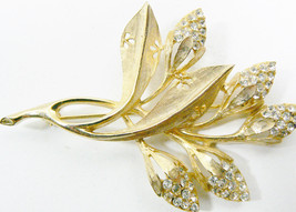 Vintage Gold Tone Clear Crystal Flower Bud Fashion Pin Brooch - $49.00