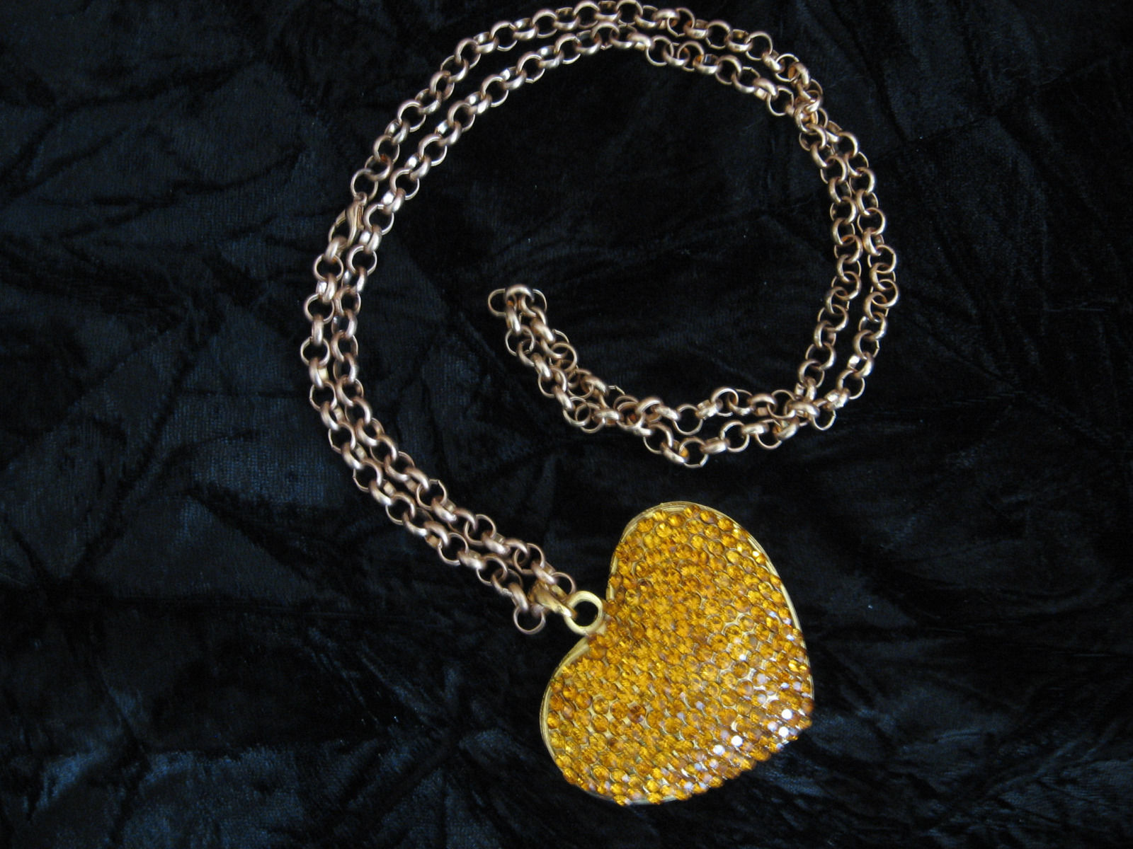 """Gold Tone Reversible Heart Necklace With 28"""" Chain"""