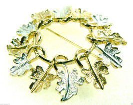 VINTAGE SARAH COVENTRY COV TWO TONE OAK LEAF WREATH RING PIN BROOCH $0S - $29.99