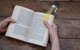 Book Bookmark Funky Design LIGHT NEW elegantly Love Gifts Accessories  - $14.00