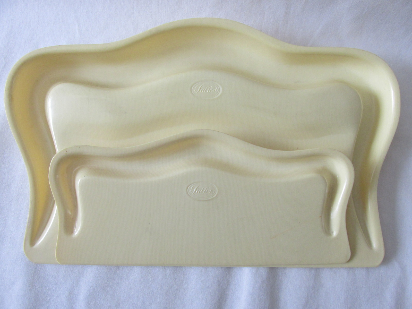 Vintage Fuller Brush Company Two Piece Crumb Caddy Set, Celluloid / Plastic