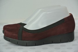 Clarks Artisan Womens Sz 6 M Plum Suede Leather Comfort Loafers Flats WO... - $23.75