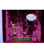 Vintage Statue of Liberty New York City Lapel Pin 2 Piece Enamel 14K gol... - $15.63