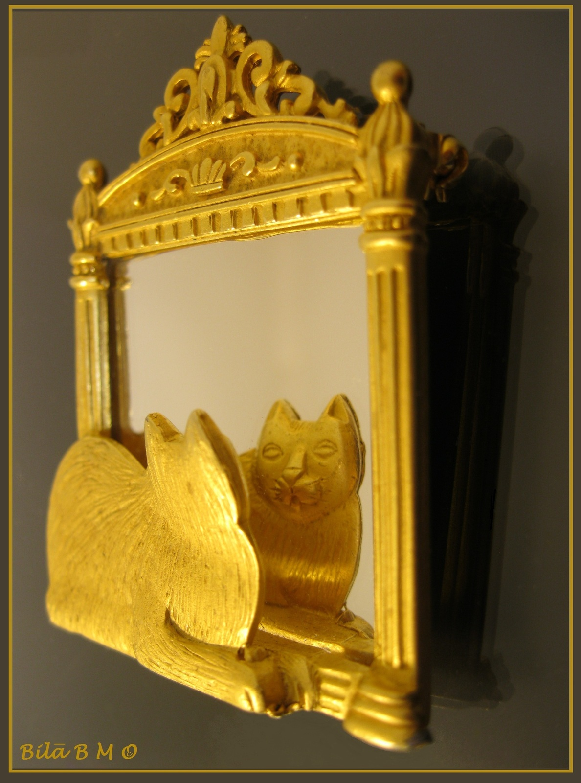 Primary image for CAT looking in the MIRROR 3-D Brooch Pin by JJ -2 1/4 inches tall -FREE SHIPPING