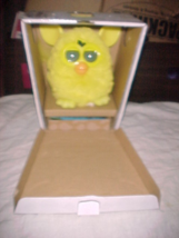 Furby by Hasbro 2012 Yellow New in Box Free Shipping - $37.99