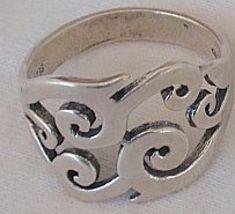 Pitulim silver ring 2 thumb200