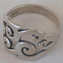 Pitulim silver ring 4 thumb200