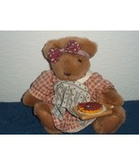 Teddy bear plush with pie 1 thumbtall