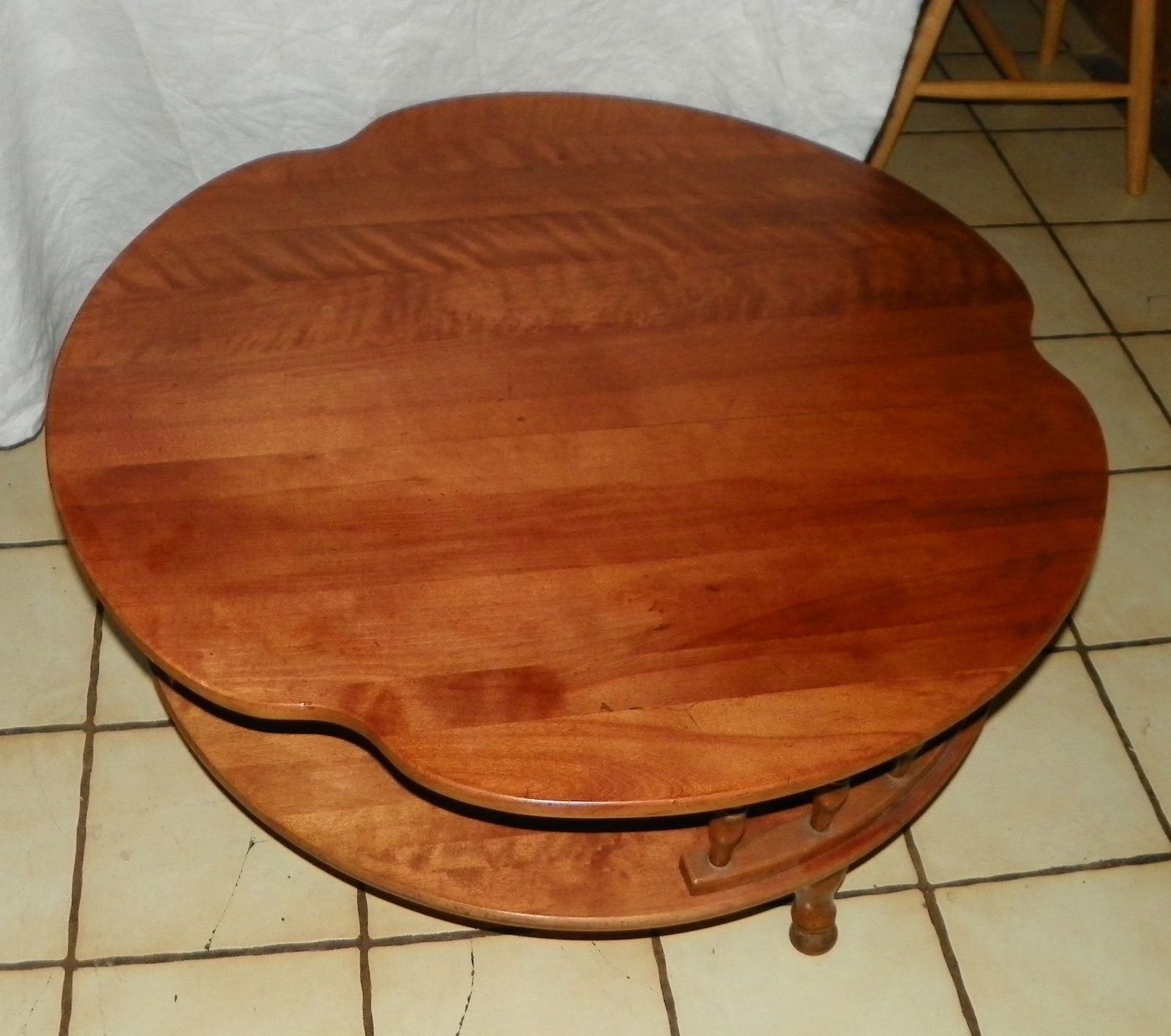 Maple Round Coffee Table By Ethan Allen Post 1950