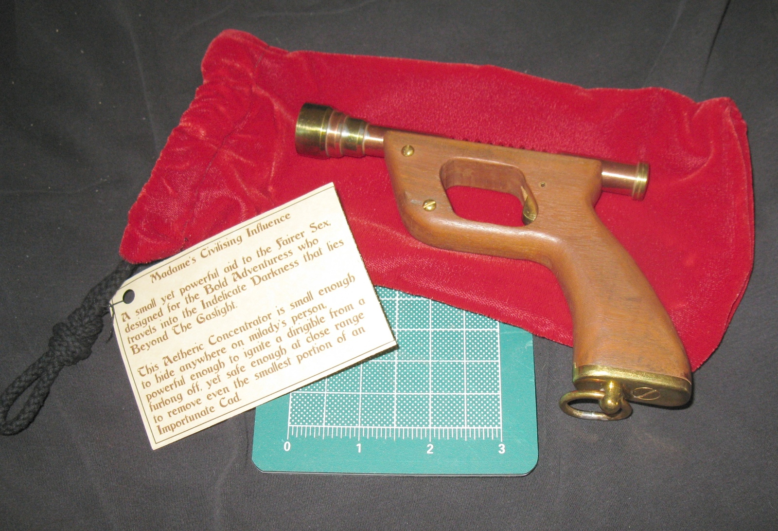LAST ONE! Handmade Ladies' Victorian Steampunk Cosplay Brass/Copper Prop Pistol