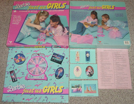 BARBIE JUST US GIRLS GAME of style & challenge Complete Cardinal #3900 - $20.00