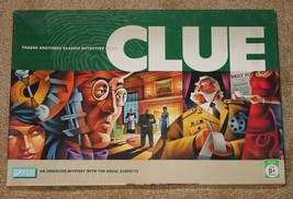 CLUE CLASSIC DETECTIVE GAME PARKER BROTHERS 2005  COMPLETE LIGHTLY USED - $20.00
