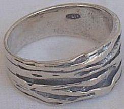 An silver ring 2 thumb200