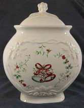 Pfaltzgraff Winterberry Sculpted Cookie Jar & Lid Christmas Bells Holly ... - $34.97