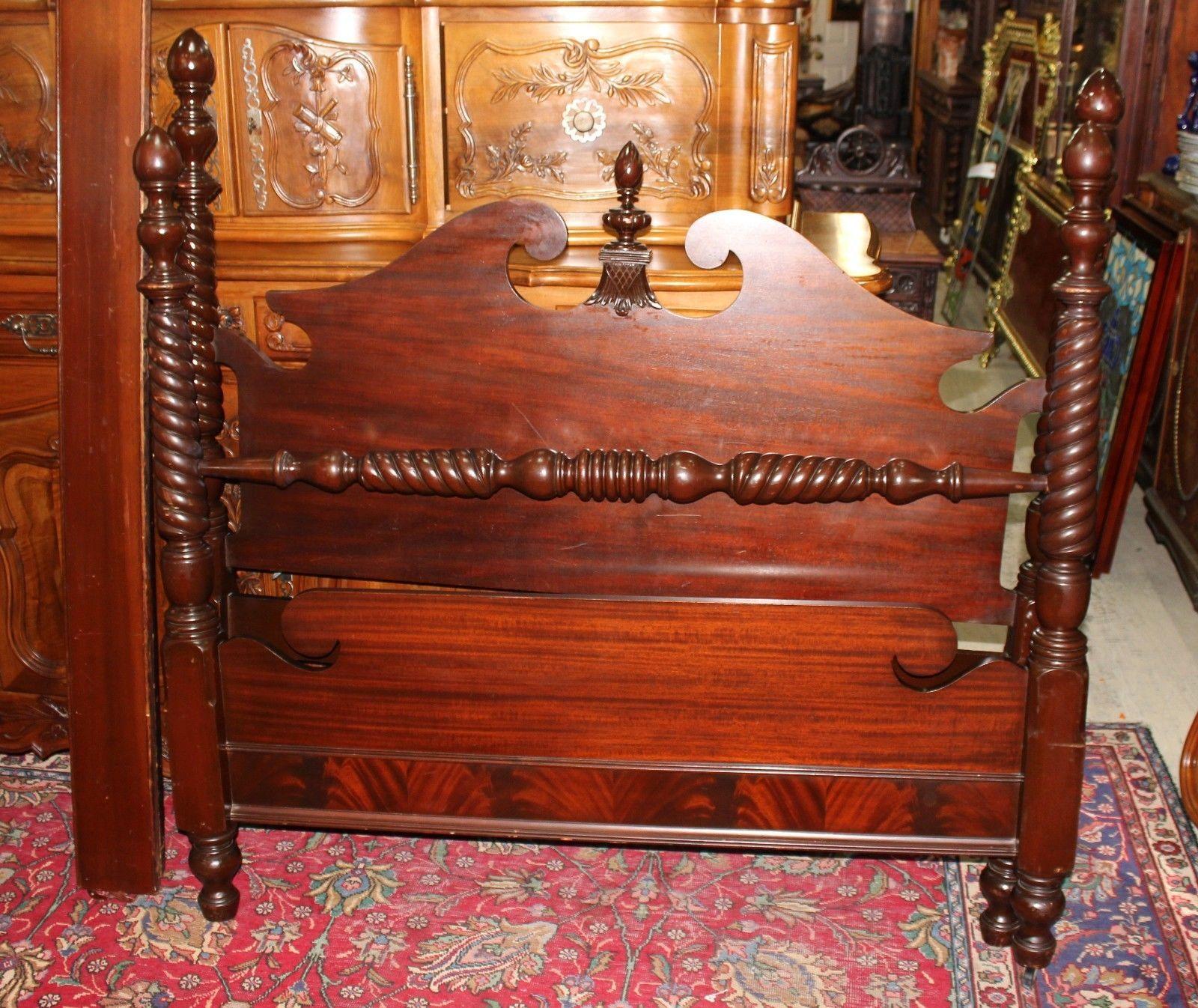 Beautiful American Antique Mahogany Bedroom Set 4 Pieces 1900 1950