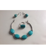 Artisan FAUX TURQUOISE Silver/Silver-Toned Brac... - $9.79
