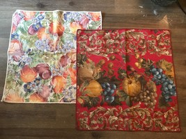 Vintage Linen Napkins 2 Table Linen Napkins Floral & Fruit - $5.00
