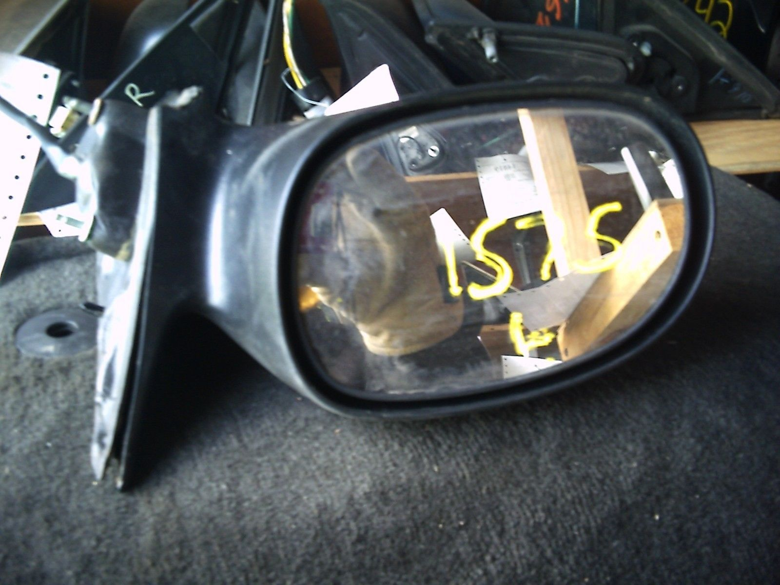 1575  left door mirror 1575  pic 1