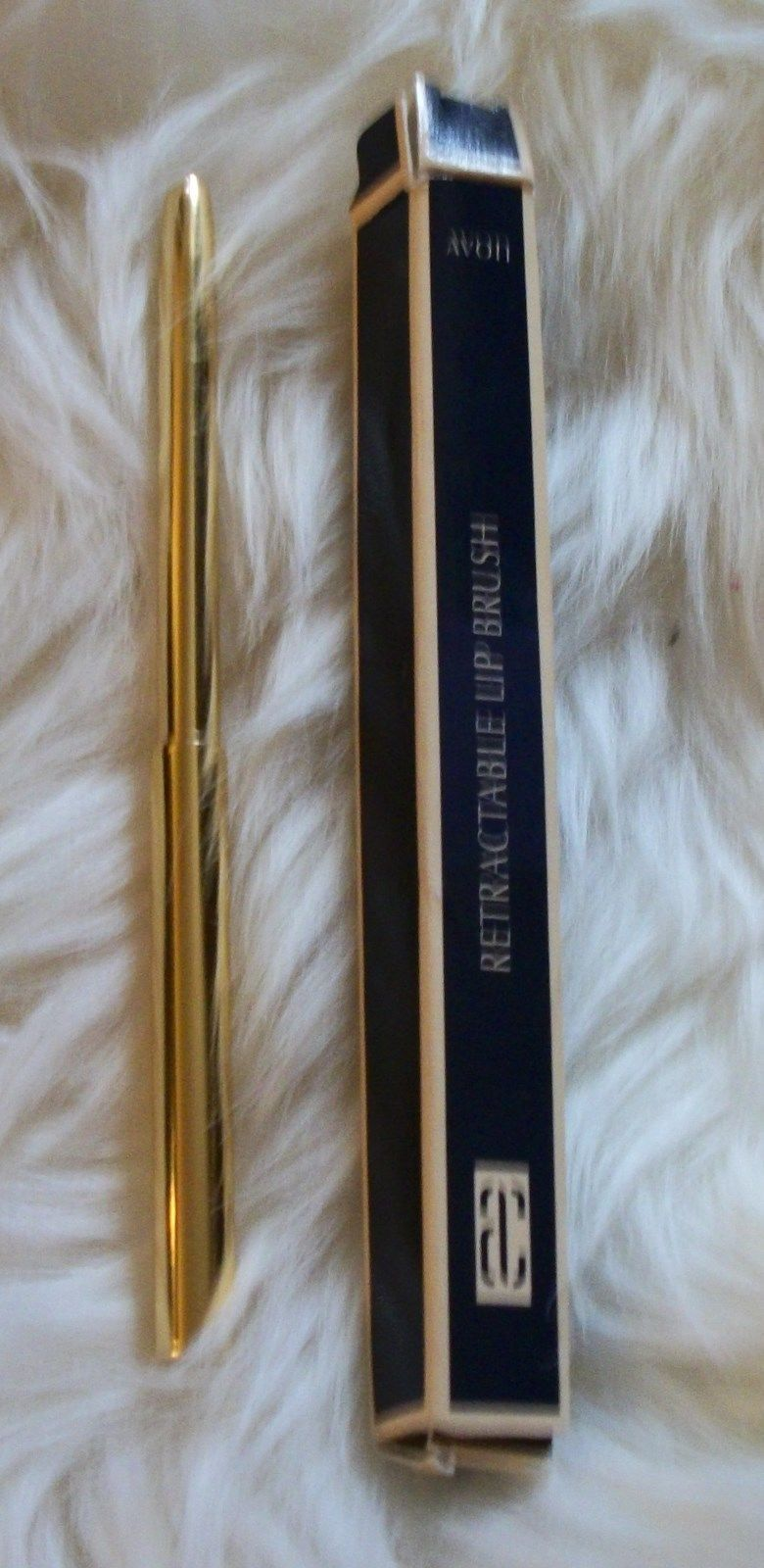 avon retractable lip brush new - $25.88