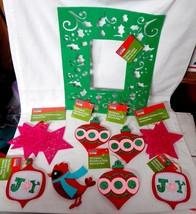 """Christmas Art Minds Felt Frame 12"""" x 10"""" & 4"""" x 4"""" Felt Ornaments 12pc M... - $7.86"""