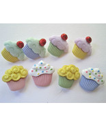 Mini Cupcakes Novelty Buttons/DIY Sewing supplies/Eight Plastic Buttons   - $3.99