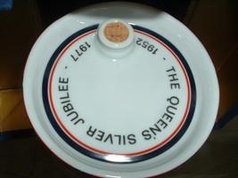 Queen's Silver Jubilee - £185.30 GBP